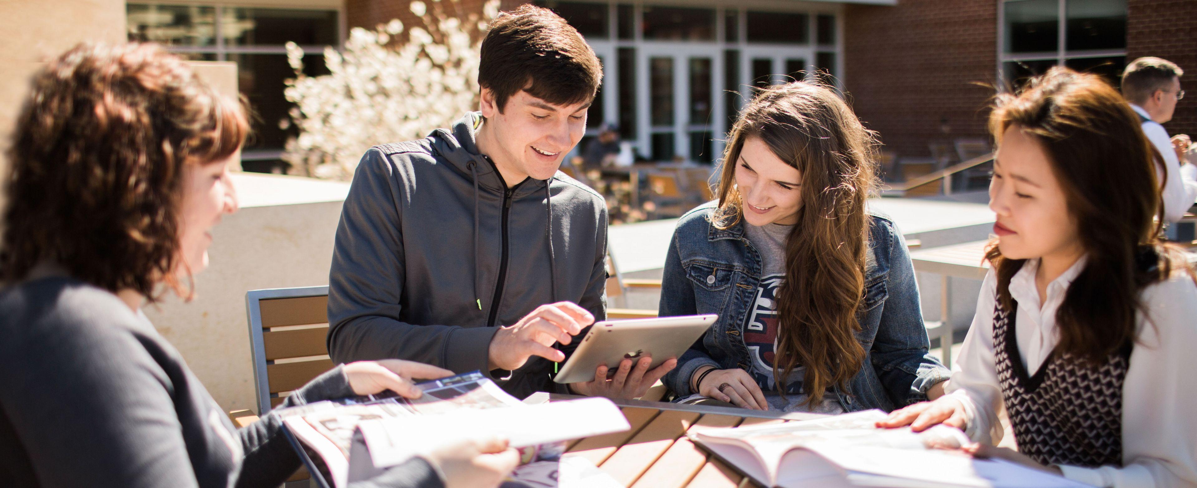 Liberty University Scholarship Page