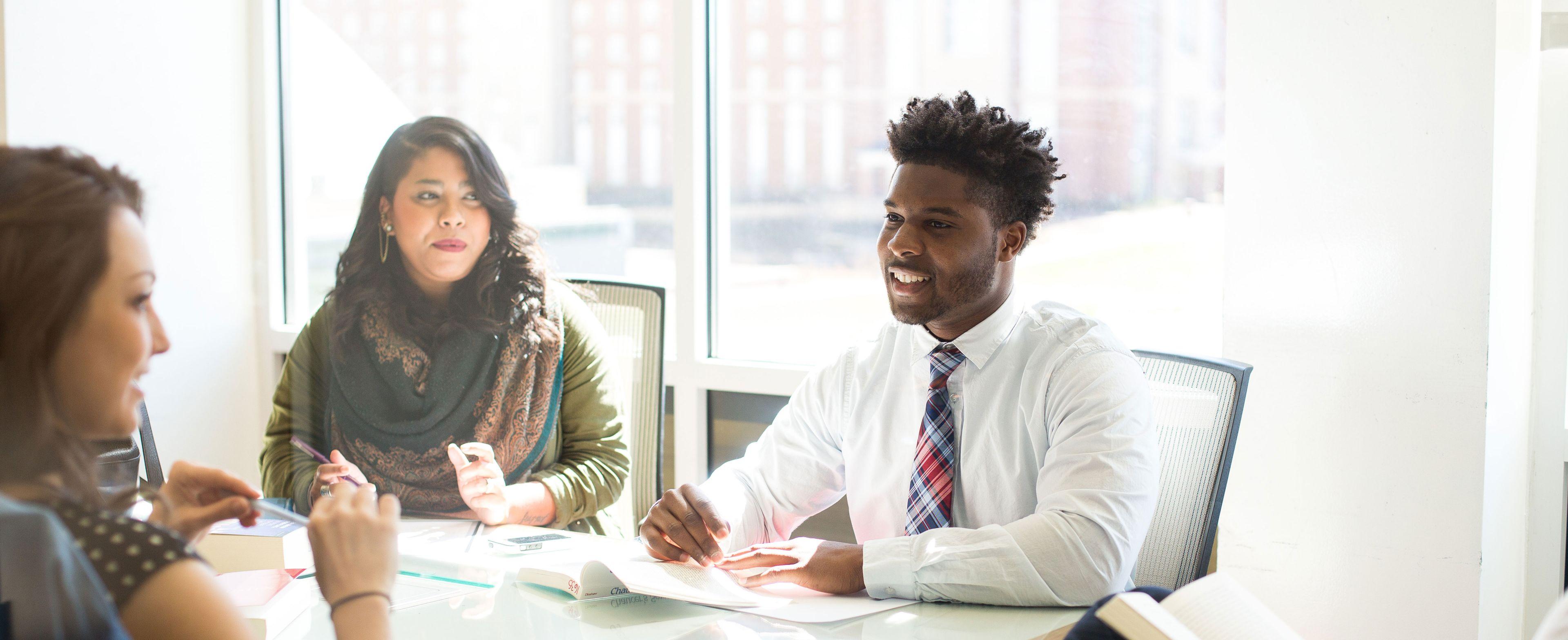 Associate of Business Online Degree Program Page